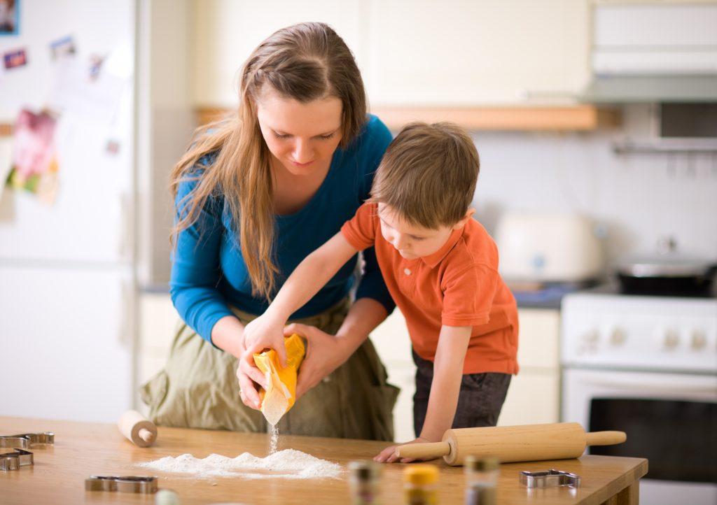 Como ajudar seu filho a comer melhor 3