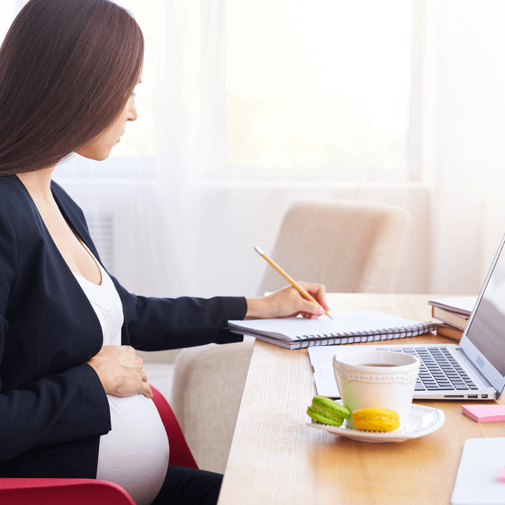 Nova lei da pandemia afasta grávidas do trabalho
